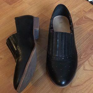 Black Restricted shoes